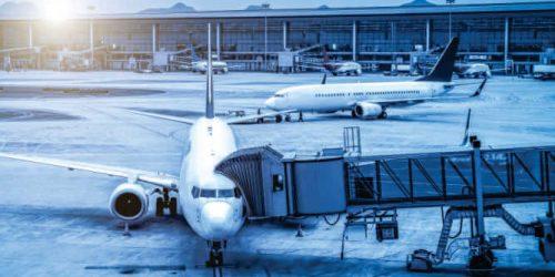 Boeing cria dispositivo de luz ultravioleta para desinfecção das aeronaves