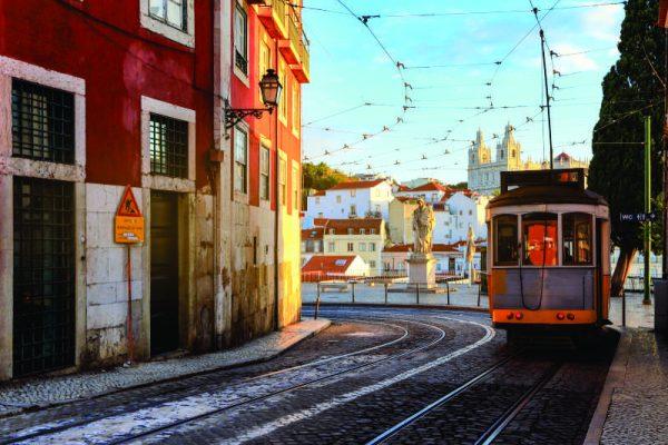 Portugal reabre fronteiras